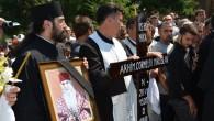Joi, 21 august, la Mănăstirea Căluiu a avut loc înmormântarea Preacuviosului Părinte Stareţ, Arhimandritul Corneliu Miroslav. Slujba a fost oficiată de către Preasfinţitul Părinte Sebastian, înconjurat de un ales sobor […]