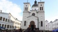 Sfântul Cuvios Grigorie Decapolitul a fost cinstit în mod deosebit joi, 20 noiembrie, la sfântul asezământ monahal ce-i păstrează sfintele moaste, Mănăstirea Bistriţa din judeţul Vâlcea. Câteva sute de credincioşi […]