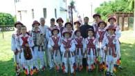 """Pe 31 mai a.c., în Duminica Rusaliilor, la Osica de Sus s-a desfăşurat a III-a ediţie a """"Paradei portului popular"""", în cadrul proiectului cultural """"Educaţie întru tradiţie şi valoare în […]"""