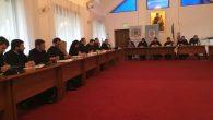 """În perioada 10-11 octombrie 2016, la Centrul Social-Pastoral""""Sfânta Cruce""""din cadrul MănăstiriiCaraimandin Buşteni, a avut loc Adunarea Generală a Federaţiei Filantropia și Întâlnirea consilierilor sociali eparhiali. La această întrunire au participat […]"""