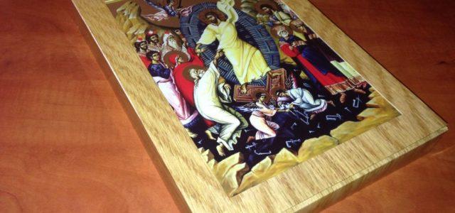 Pentru a întâmpina nevoia preoților, dar și a creștinilor, de a avea, într-un format cât mai portabil și ușor de folosit, un set complet de icoane praznicale și cu sfinți […]