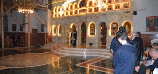 Joi, 13 aprilie, Preasfințitul Episcop Sebastian a săvârșit slujba Deniei celor 12 Evanghelii la Catedrala episcopală. În cuvântul de învățătură, Preasfinția Saa subliniat actualitatea lașității tuturor celor care au fost […]