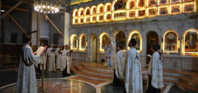 Duminică, 16 aprilie, începând orele 1300, Preasfințitul Episcop Sebastian, înconjurat de un ales sobor de preoți și diaconi, a oficiat la Catedrala Episcopală slujba Vecernieide Luni din Săptămâna Luminată,cunoscută și […]