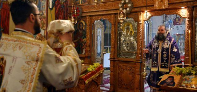 Duminică, 3 decembrie, Preasfințitul Episcop Sebastian a slujit Sfânta Liturghie la Mănăstirea Clocociov. În cuvântul său de învăţătură, Preasfinţia Sa a tâlcuit pericopa evanghelică în care este redat episodulvindecării orbului […]