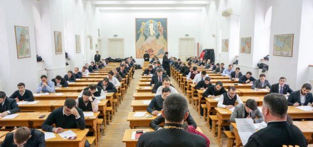 Examenul se va desfăşura, în perioada 12 martie – 14 martie 2018, la sediul Facultăţii de Teologie din Craiova, situat în str. Brestei, nr. 24, după următorul program: Luni, 12 […]