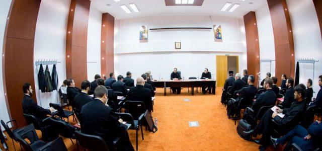 """În zilele de 10 și 11 octombrie 2018, la Bucureşti, la Centrul Naţional pentru Formare Continuă """"Dumitru Stăniloae"""" al Patriarhiei Române, a avut loc întâlnirea anuală a consilierilor sociali și […]"""