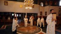 Duminică, 28 aprilie, începând orele 1300, Preasfințitul Episcop Sebastian, înconjurat de un ales sobor de preoți și diaconi, a oficiat la catedrala episcopală slujba Vecernieide Luni din Săptămâna Luminată,cunoscută și […]