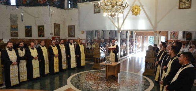 În seara zilei de joi, 15 august a.c., la Catedrala Episcopală din Slatina, a fost săvârșită slujba Vecerniei unită cu Litia în cinstea Sfinților Martiri Brâncoveni, ocrotitorii Episcopiei Slatinei și […]