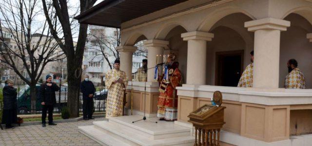 Duminică, 23 martie, Preasfințitul Episcop Sebastian a slujit Sfânta Liturghie în pridvorul bisericii paraclis a catedralei episcopale. În cuvântul de învăţătură, Preasfinţia Sa a tâlcuit pericopa evanghelică a Duminicii a […]