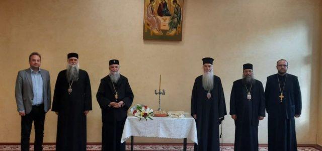 În prezența și cu binecuvântarea Înaltpreasfințitului Irineu, Arhiepiscopul Craiovei și Mitropolitul Olteniei, în ziua de 3 noiembrie a.c., a avut loc, la Craiova, Sinodul Mitropolitan al Mitropoliei Olteniei. Sinodul a […]