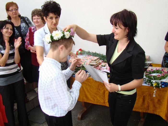 """Miercuri 15 iunie, la Centrul de Terapie Ocupaţională""""Justin"""" al Organizaţiei""""Trebuie!""""– filiala Olt, situat în strada Vintilă-Vodă nr. 7-9 din Municipiul Slatina, a avut loc festivitatea de premiere a tinerilor cu […]"""